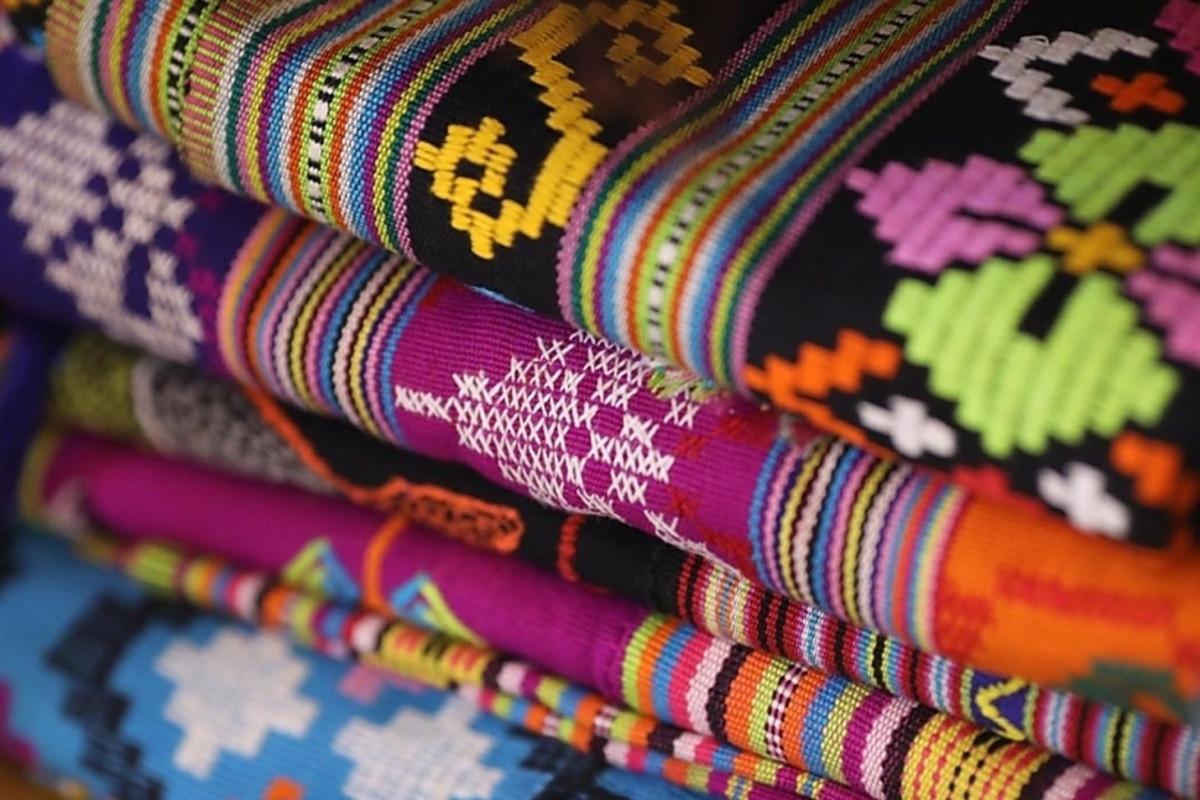 Tak Hanya Batik, Inilah Jenis Kain Tradisional Asli Indonesia yang Mendunia