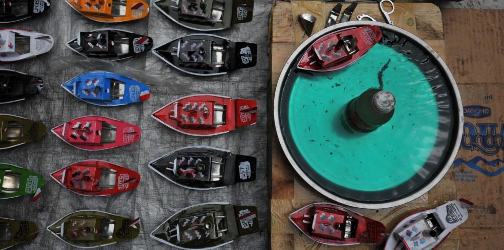 Kapal othok-othok, mainan tradisional dengan semangat maritim