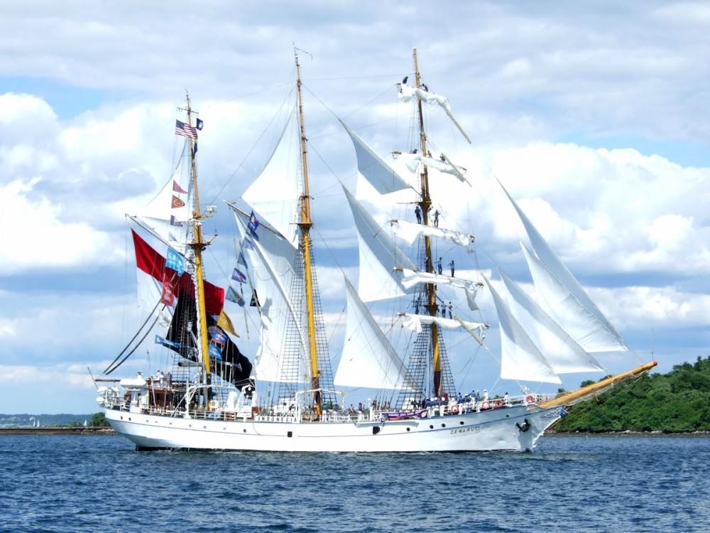 Mengenal Kapal Legendaris Simbol Kehebatan Pelaut Indonesia, Kapal Pinisi