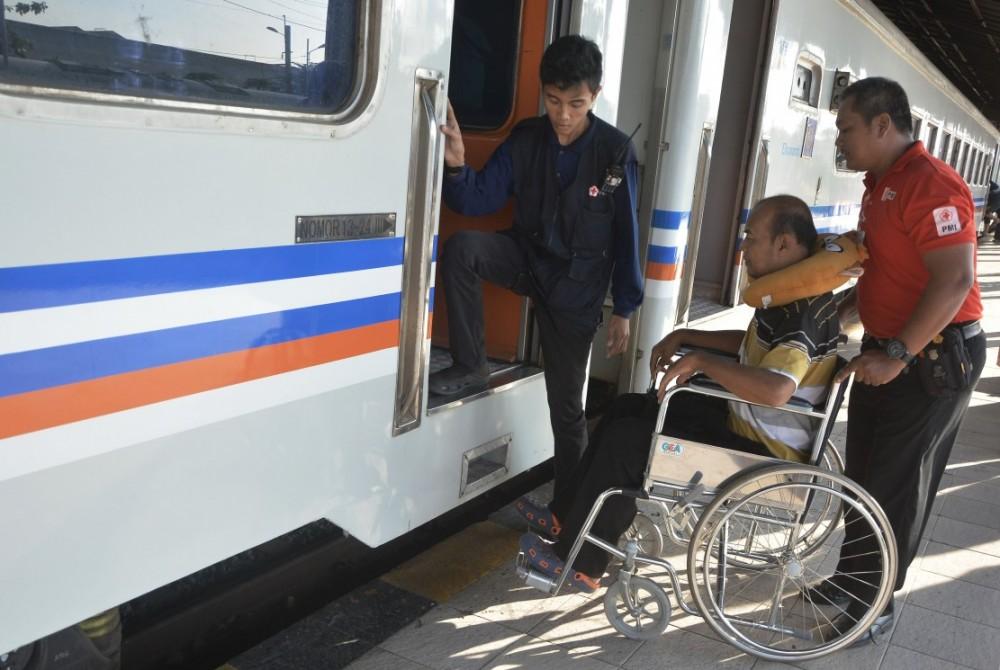 Yuk, Intip! KA Jayakarta Premium, Kereta  yang Sediakan Gerbong Untuk Difabel