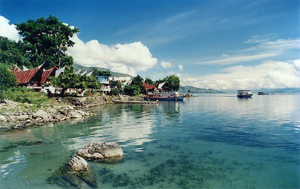 Legenda Ikan Mas di Danau Toba