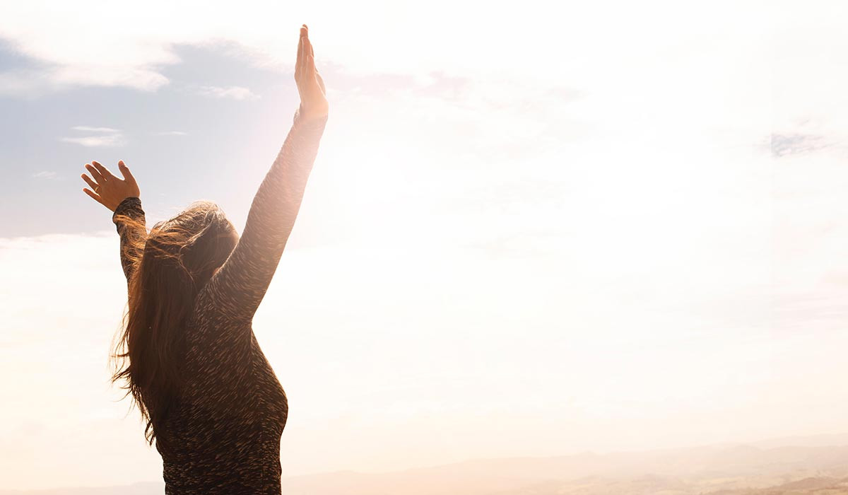 Yuk, Mulai Mencintai Diri Sendiri! Simak Tips Berikut