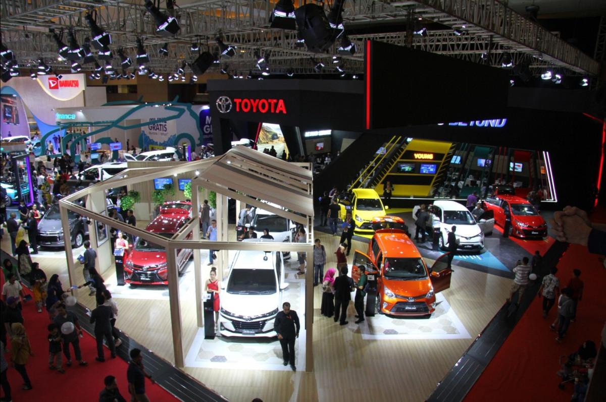 2.580 Kendaraan Terjual dengan Transaksi Senilai Rp1 Triliun di IIMS Hybrid 2021