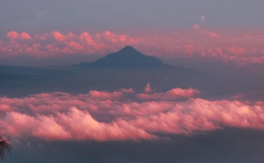 Kisah Dibalik Legenda Gunung Semeru Gunung Tertinggi Pulau Jawa