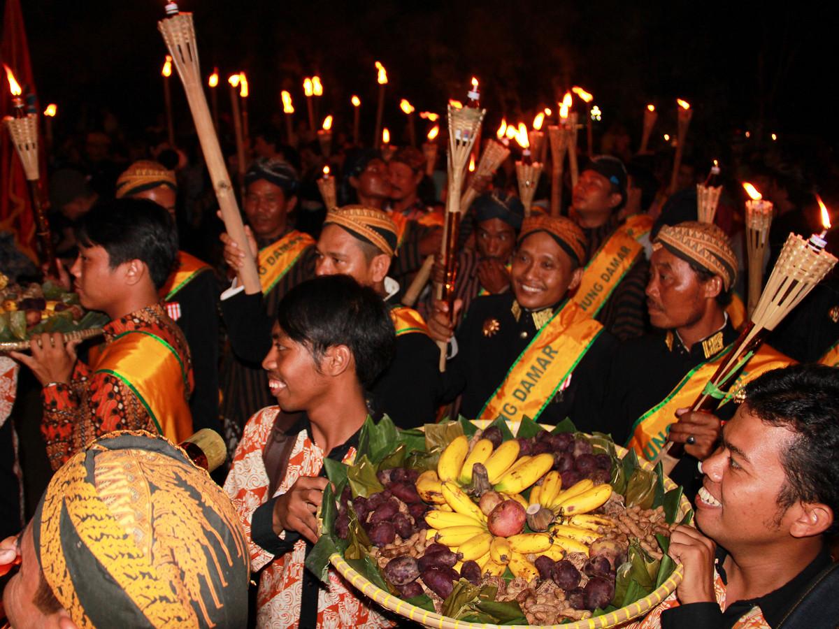 Tradisi Malam Satu Suro sebagai Wujud Pensucian Diri Masyarakat Suku Jawa