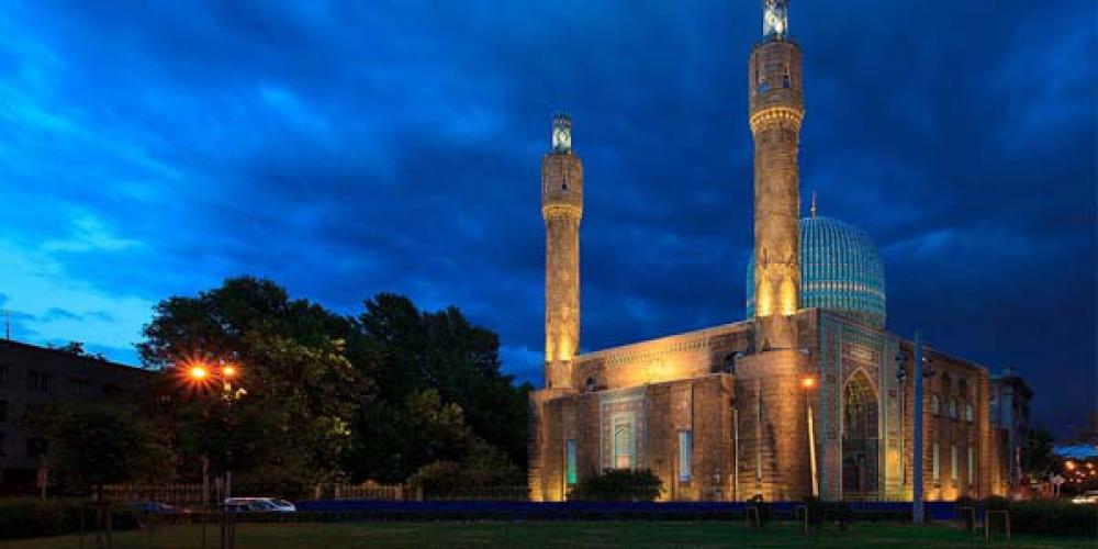 Masjid Biru St. Petersburg. Simbol Persaudaraan. Simbol kepedulian. Indonesia dan Rusia