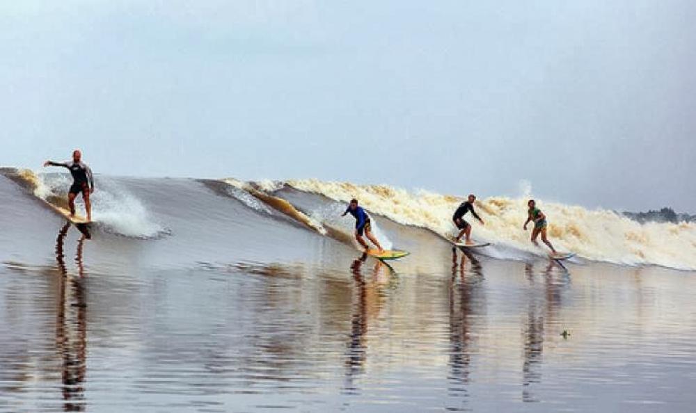Gelombang Sungai Kampar yang Gahar. Berani?