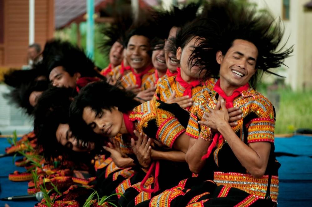 Tari Saman : Keberagaman Warna-Warni Budaya Indonesia ...