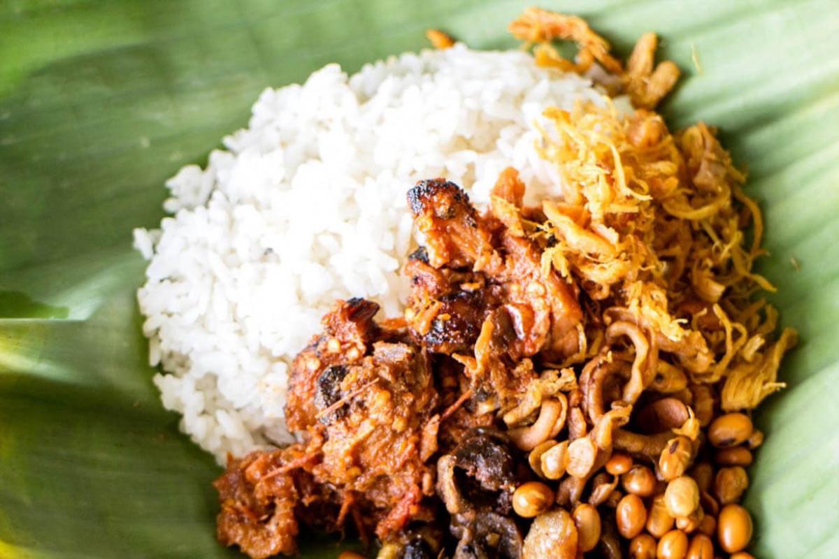 Nasi Balap Puyung, Gurihnya Kuliner Lombok yang Melampaui Zaman