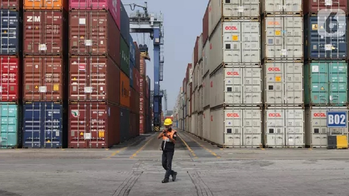 Neraca Dagang Indonesia Masih Surplus 740 Juta Dollar AS di Tengah Pandemi Covid-19
