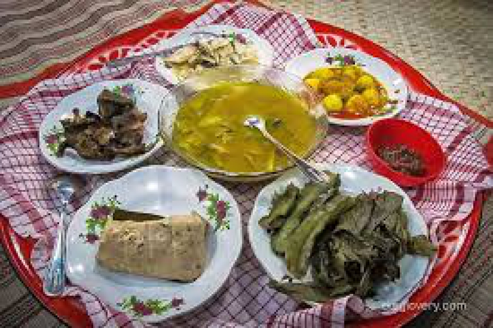 Nikmatnya Makan Bedulang di Bangka Belitung