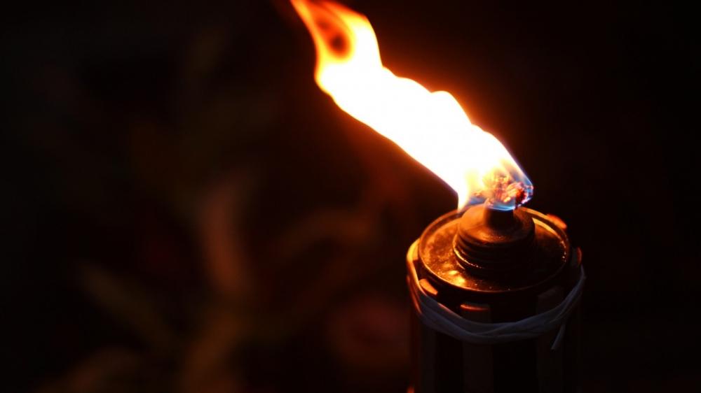 Sajak Seorang Tua Tentang Bandung Lautan Api