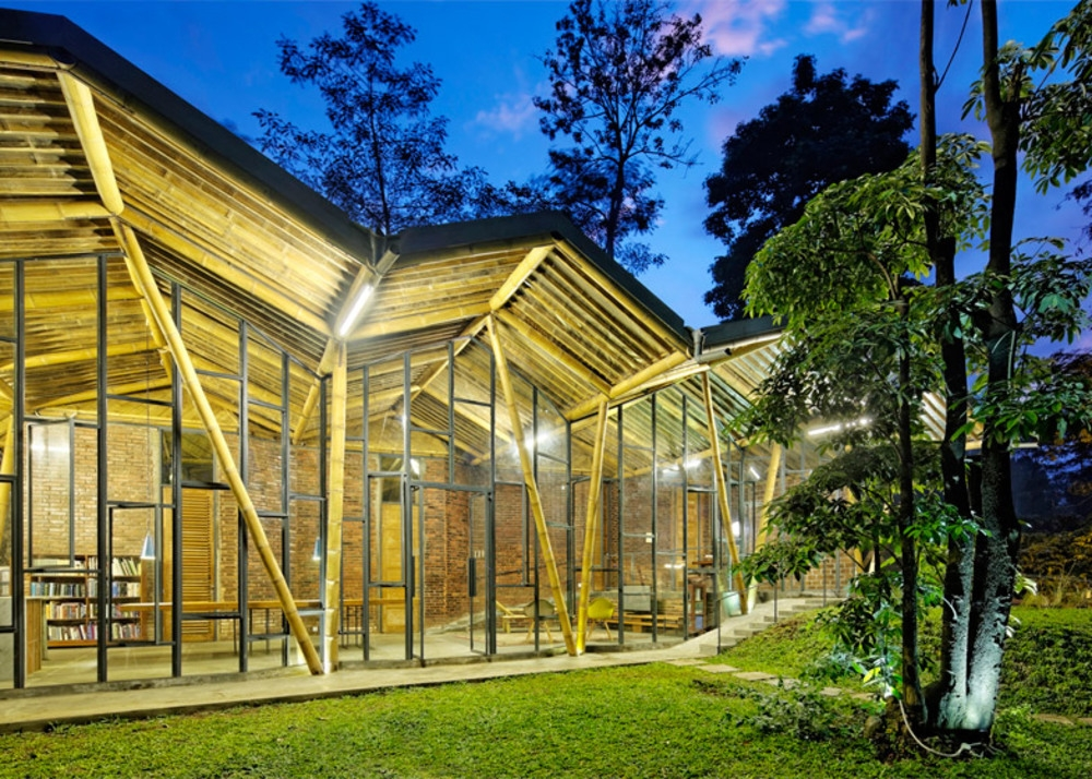 Dancing Mountain House Karya Arsitektur Indonesia  Menjadi Yang Terbaik Se-Asia