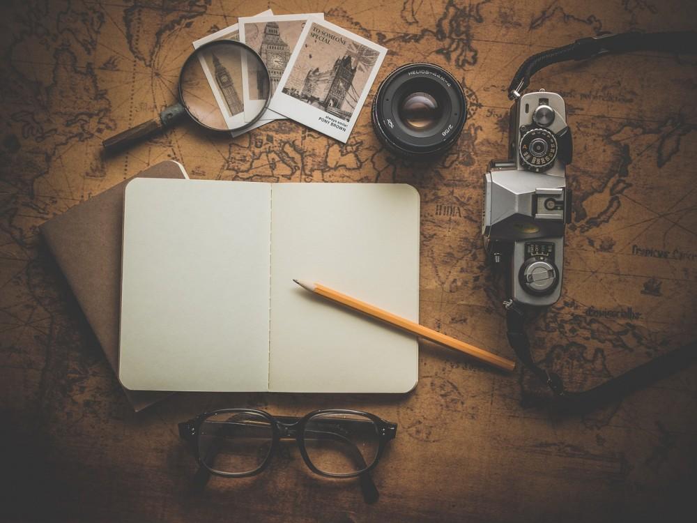 Membingkai Kenangan Melalui Tulisan