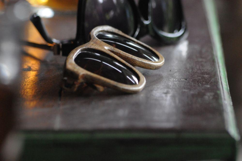 Kacamata dan Jam Tangan Bambu Karya Anak Jogja