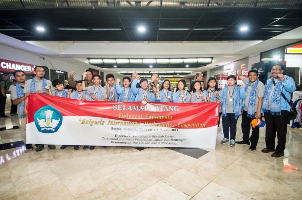 Raih Medali di Bulgaria, Anak Bangsa Kembali Harumkan Nama Indonesia!