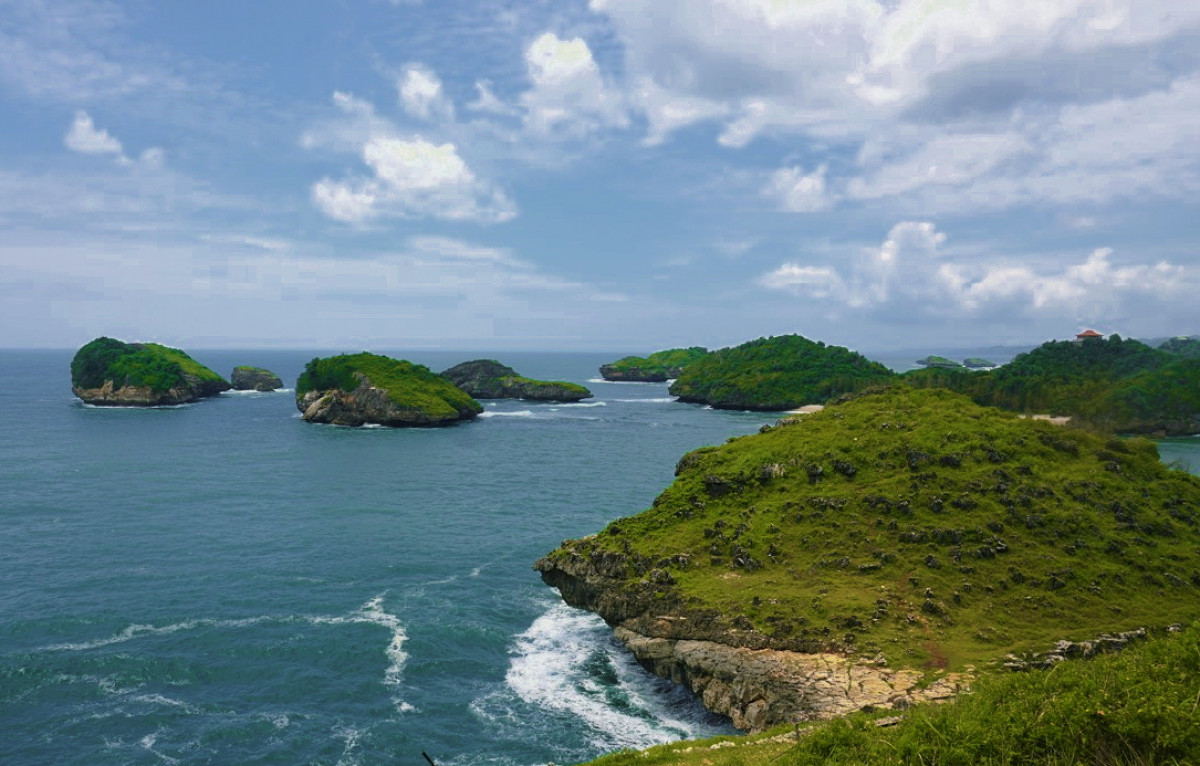 Pantai Kasap, Pesona Raja Ampat Versi Jawa Timur