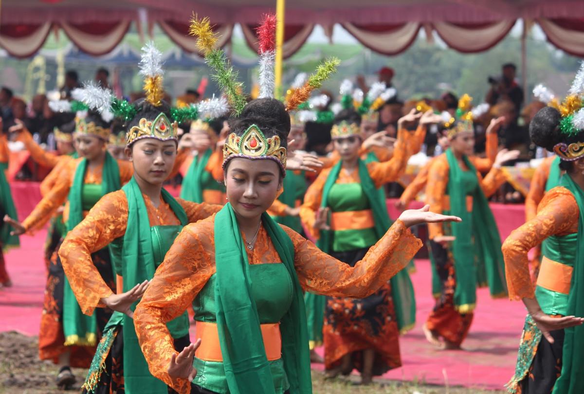 Mengorek Mayang Rontek, Tarian Khas Mojokerto Jawa Timur
