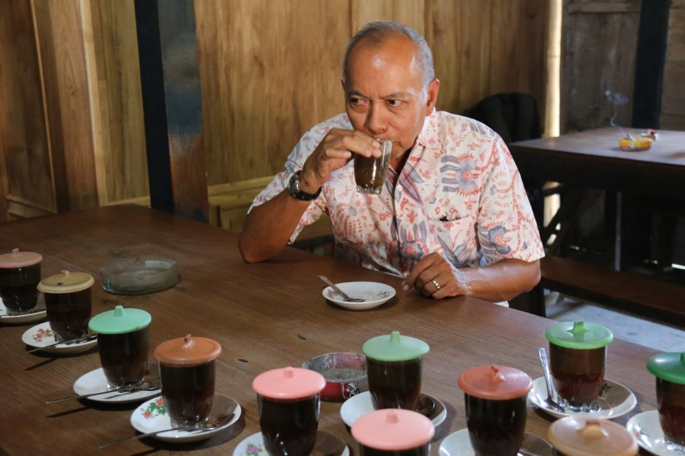 Legenda Kopi Jawa, Cup of Java