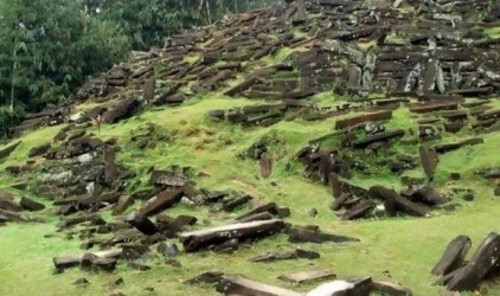 Peninggalan Megalitikum di Jayapura