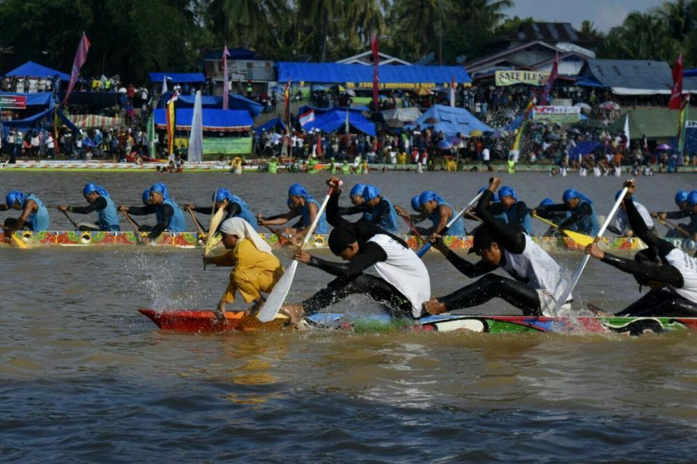 Yuk ikutan Pacu Jalur! Salah satu Olahraga Tradisional Indonesia