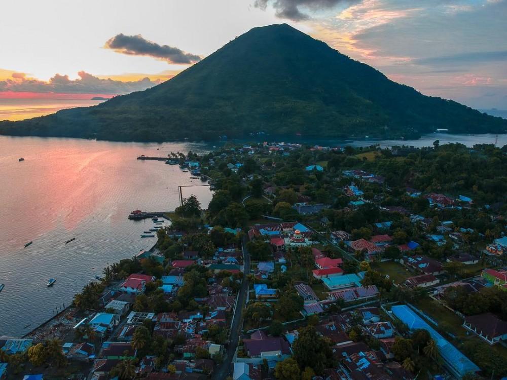 Eksotisnya Kepulauan Banda Tak Pernah Mengada-ada