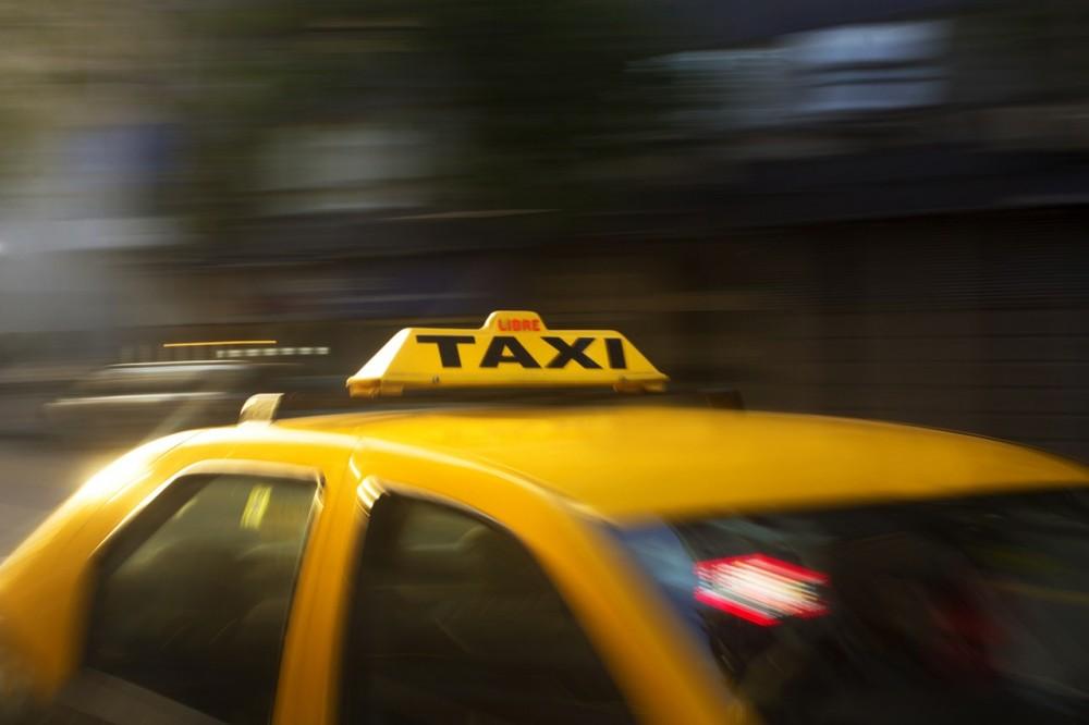 Taksi Ini Sudah Siap Menggunakan Mobil Listrik, Tapi...