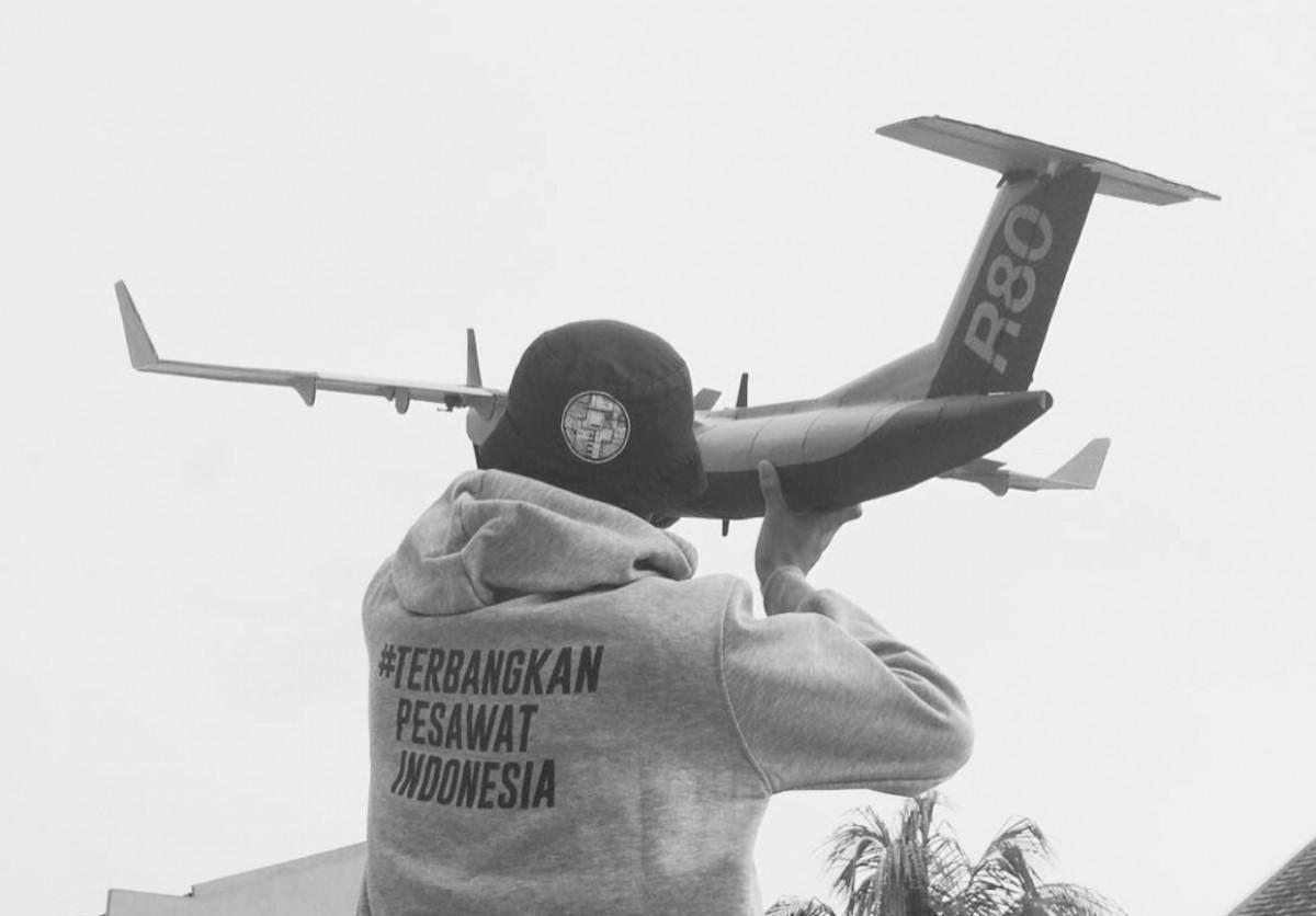 Dikeluarkan dari Proyek Strategis Nasional, Pesawat R80 Akan Tetap Mengangkasa