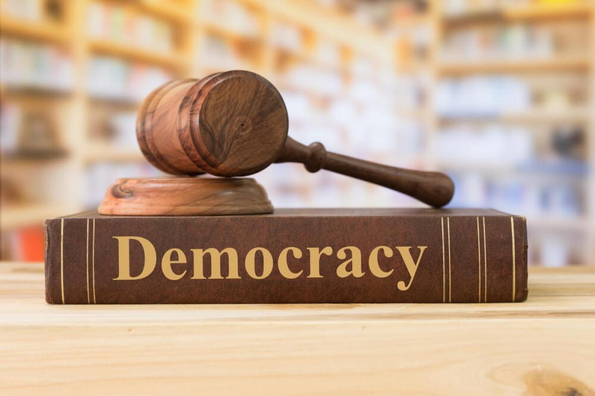 Menelisik Kestabilan Politik Indonesia Dari Indeks Demokrasi Indonesia