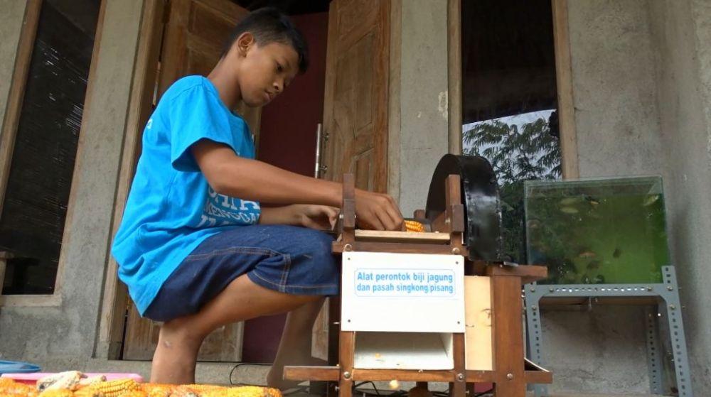Siswa SD Asal Gunung Kidul, Si Penemu Mesin Perontok Jagung