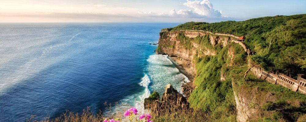 Pulau Di Indonesia ini Termasuk dalam Daftar Destinasi Favorit Dunia tahun 2015