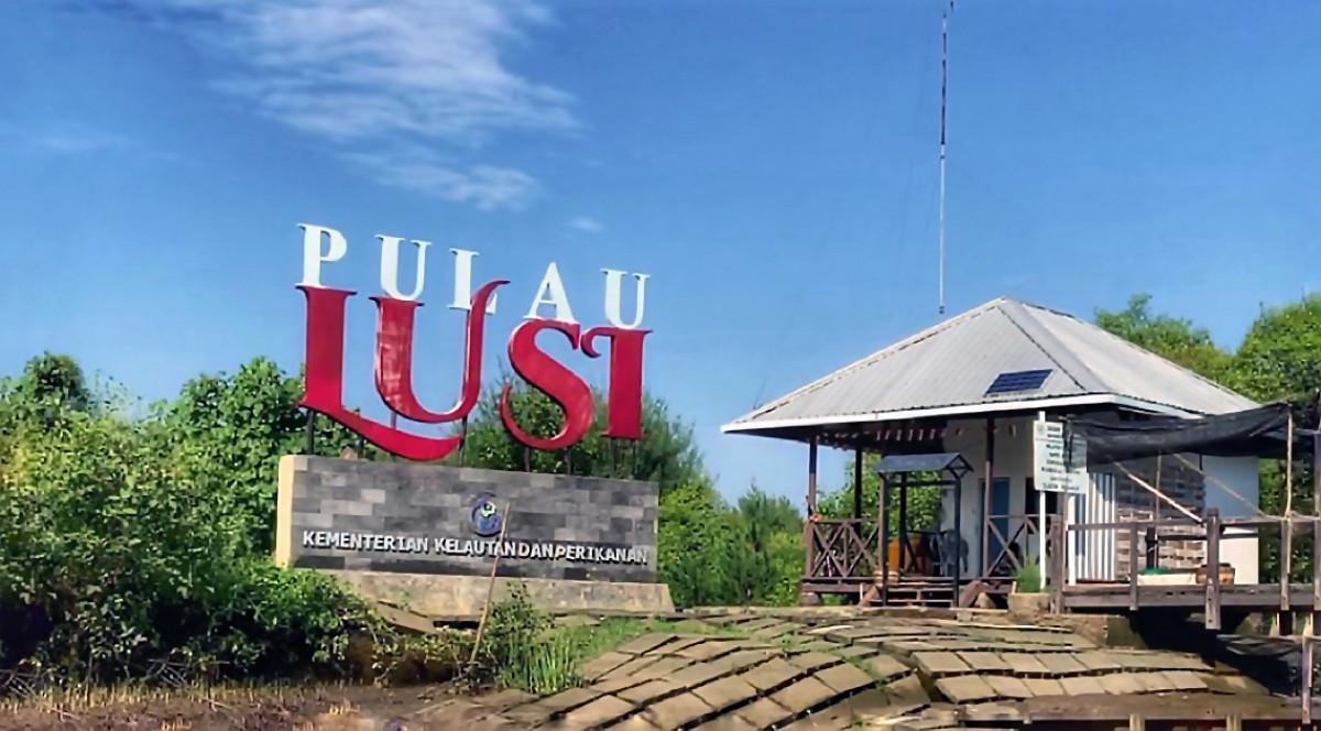 Berkunjung ke Pulau Lusi, Endapan Lumpur yang Kini Menjadi Destinasi