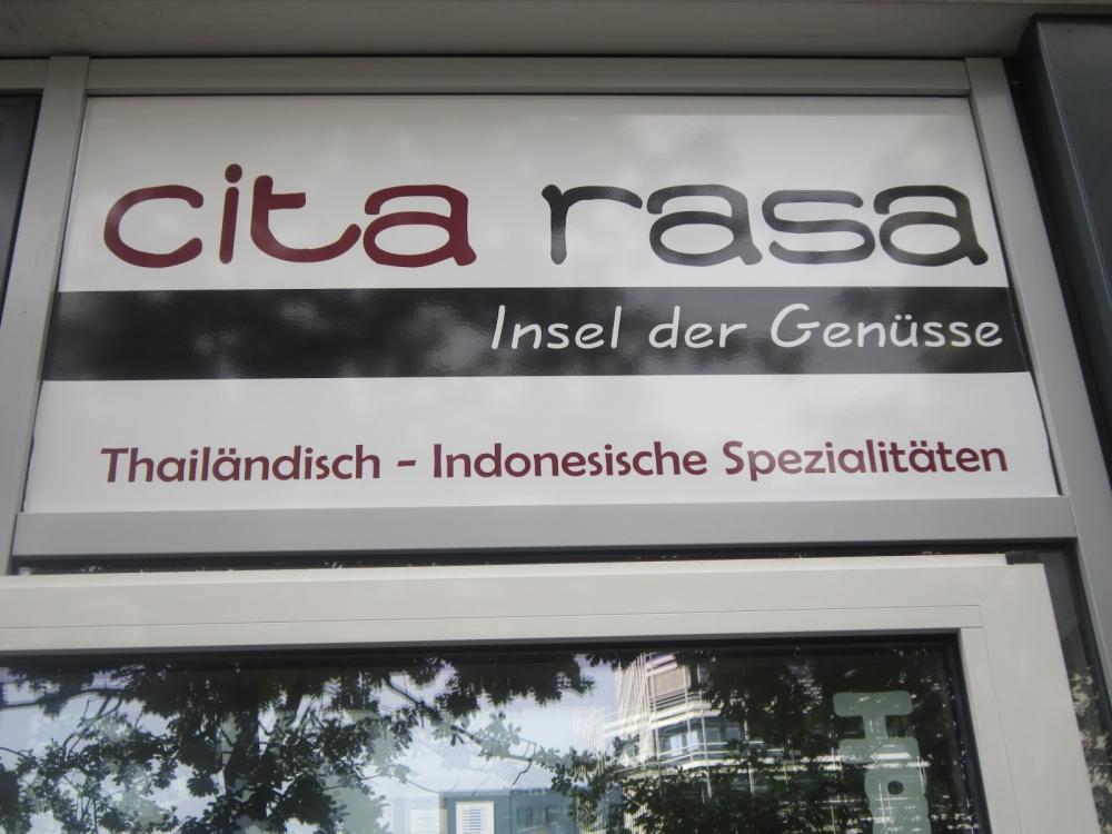 Restoran Cita Rasa Hamburg yang Khas Indonesia