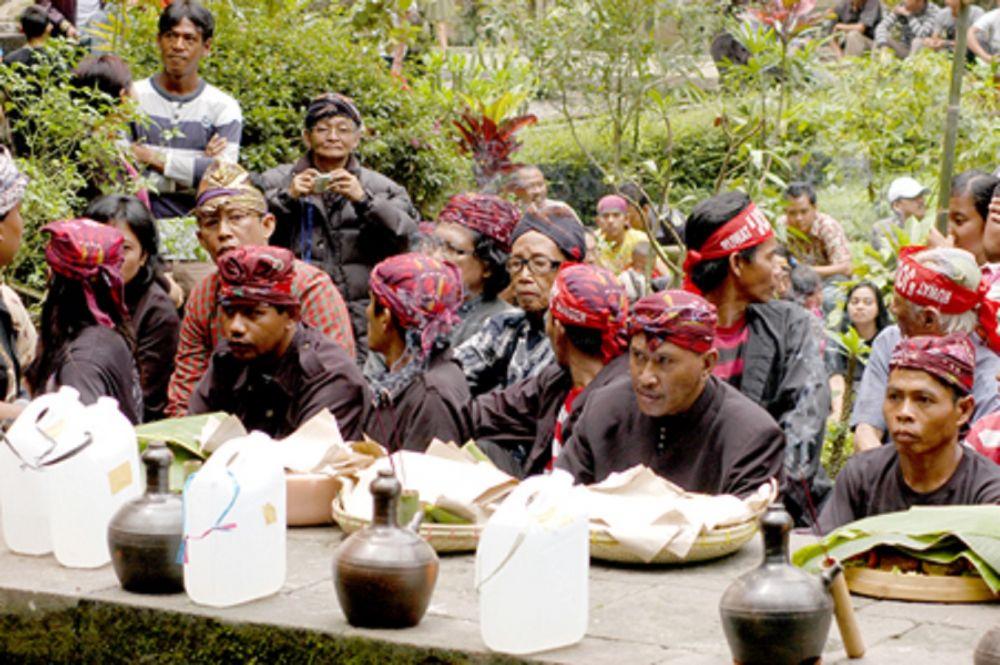 Ritual Ruwat Desa, Representasi Rasa Cinta kepada Sang Babat Alas di Desa Pagerngumbuk