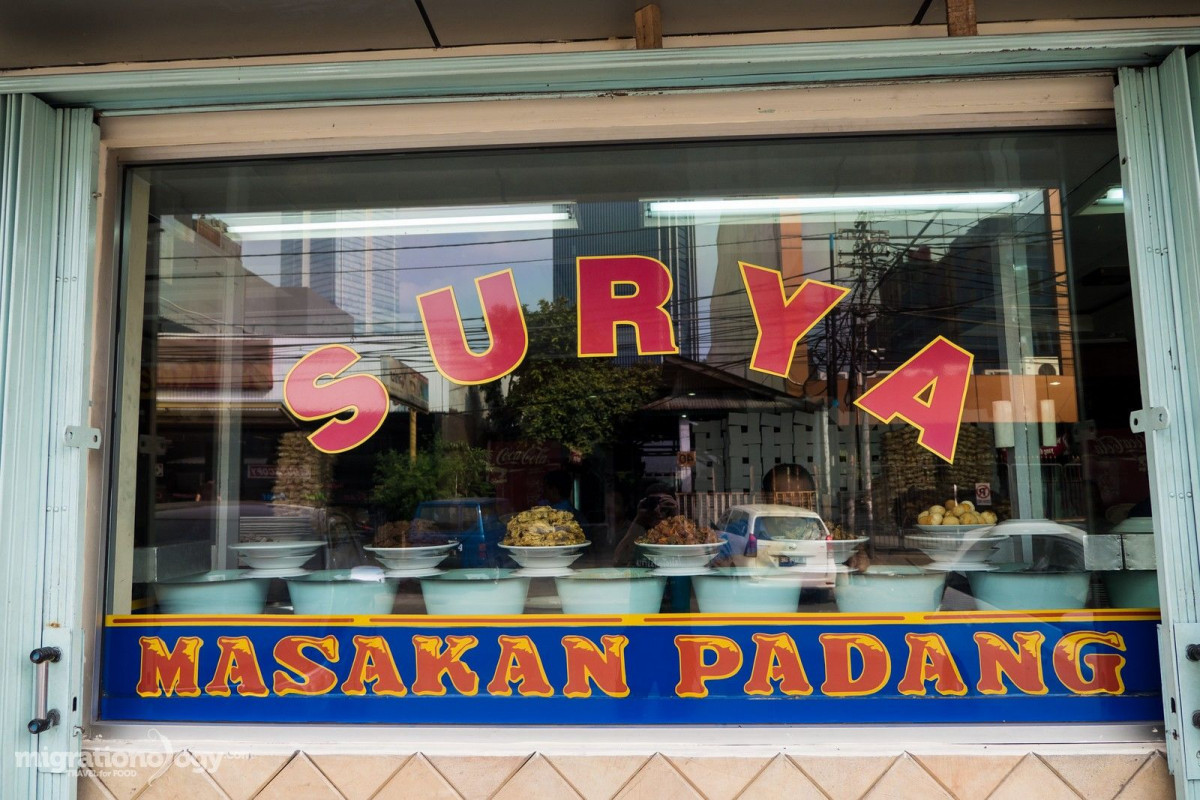 Sejarah Rumah Makan Padang yang Melegenda Sejak Dulu Kala