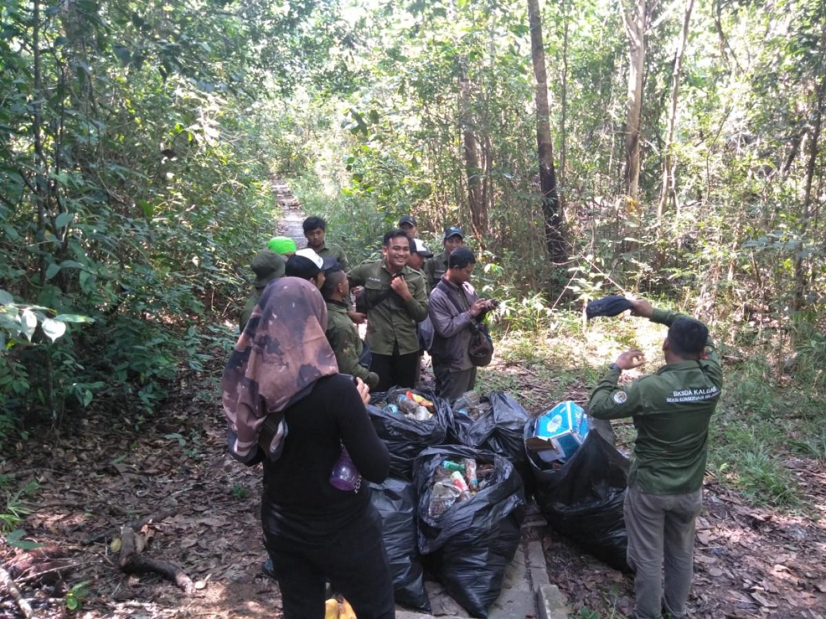 Sampah, Salah Satu Penyebab Peristiwa Karhutla di Kalimantan dan Upaya Mengatasinya