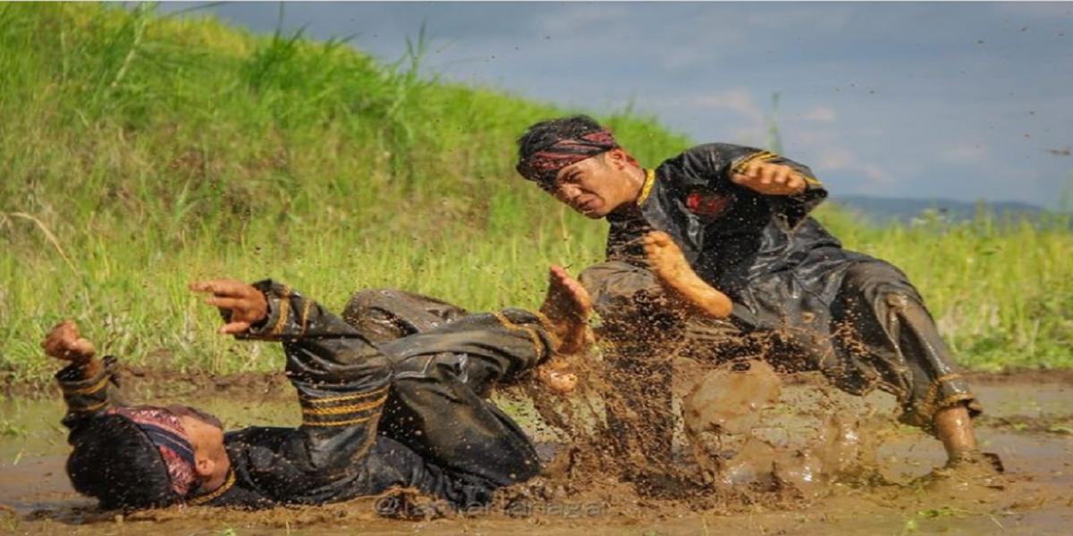 Berguru Silek ke Ranah Minang, dari Ilmu Beladiri sampai Seni Pertunjukan Randai