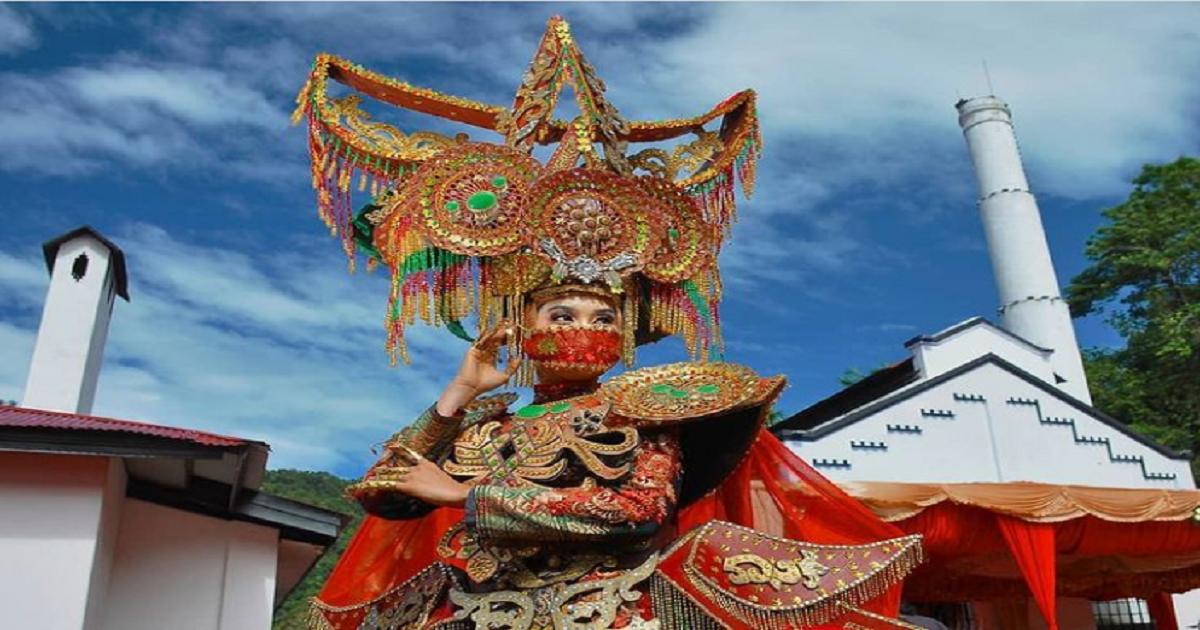 Tenun Songket Silungkang, Fesyen Tradisonal yang Tembus Museum Rekor Indonesia