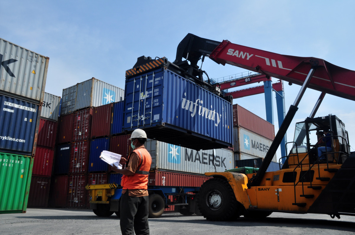 Neraca Perdagangan Indonesia Surplus 11,86 Miliar Dolar AS di Semester I 2021