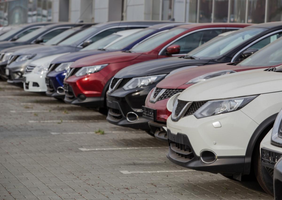 Pajak Nol Persen Mobil Baru Ditolak Kemenkeu, e-Commerce Ambil Peluang