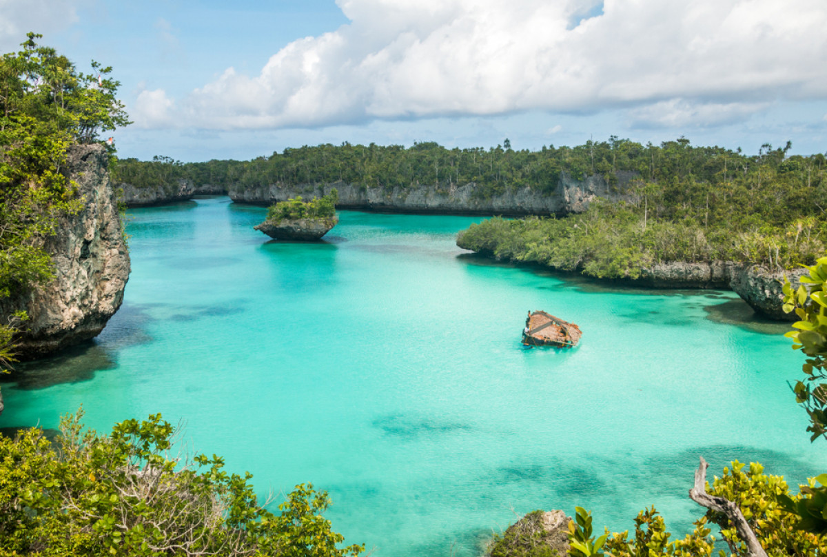 Pulau Bair, Surga Wisata Tersembunyi di Maluku Tenggara