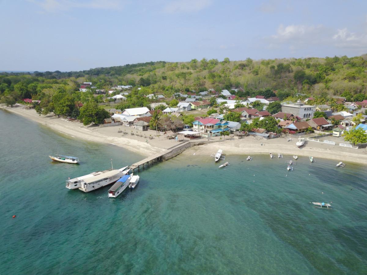 Pulau Moyo, Destinasi Favorit untuk Menyepi Para Pesohor Dunia
