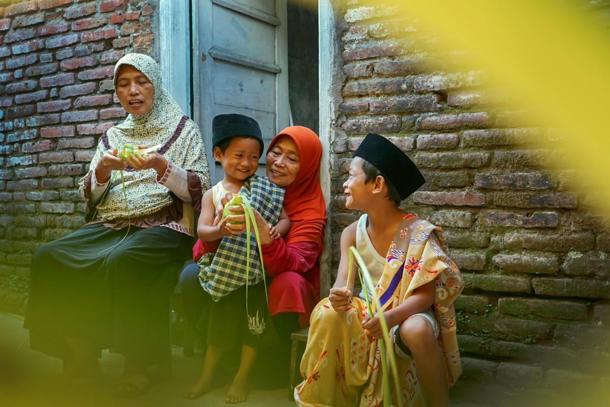 Lebaran Ketupat, Tradisi Syawalan dan Mitos Hidangan untuk Anak yang Meninggal