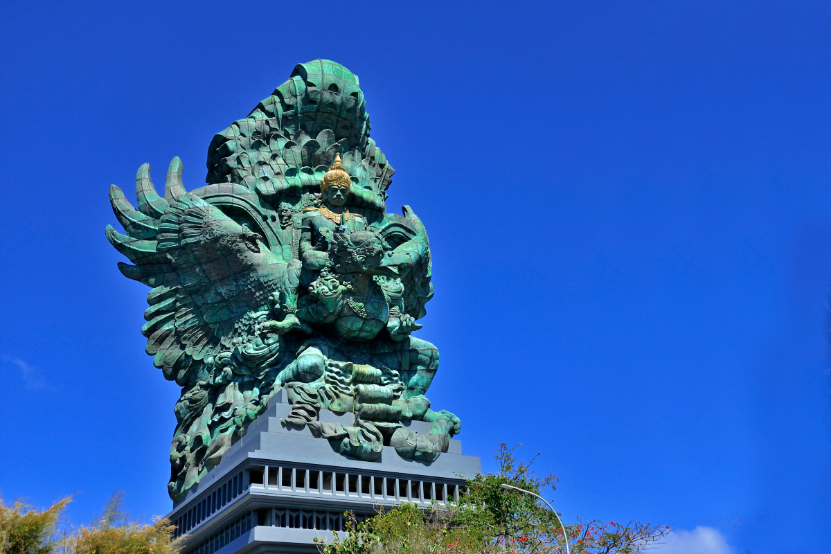 Melihat Kemegahan 10 Patung Tertinggi di Dunia, GWK Salah Satunya