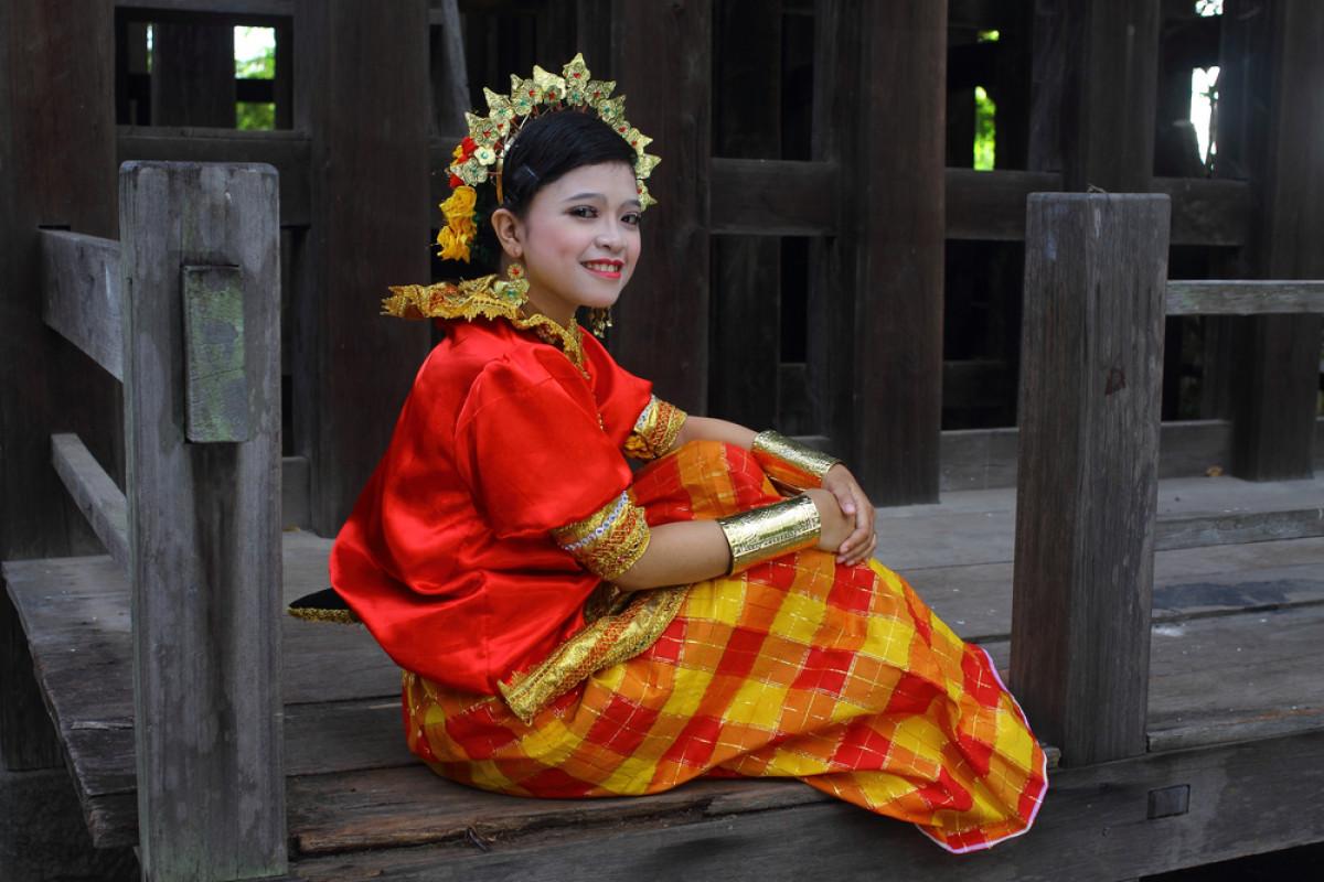 Baju Bodo, Busana Adat Tertua Khas Masyarakat Suku Bugis
