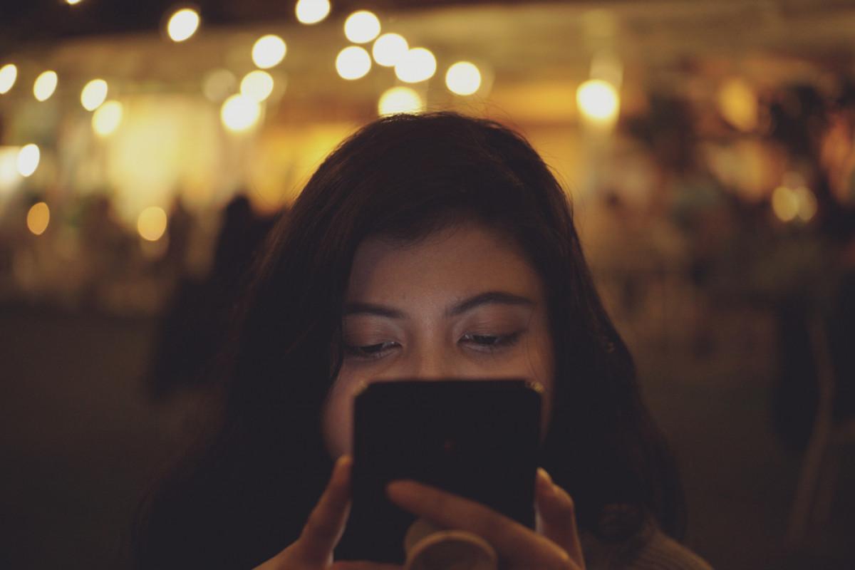 Belasan Ribu Smartphone Laris Manis dalam Semalam, Tanda Masyarakat Makin Butuh Internet