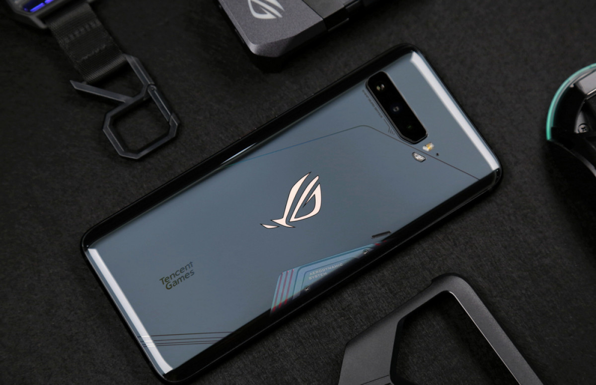 Dukung Industri eSport Indonesia, ASUS ROG Phone 3 Dibanderol Lebih Murah