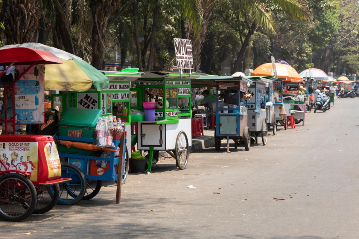 Mencicipi Kuliner Kaki Lima Legendaris di Jakarta