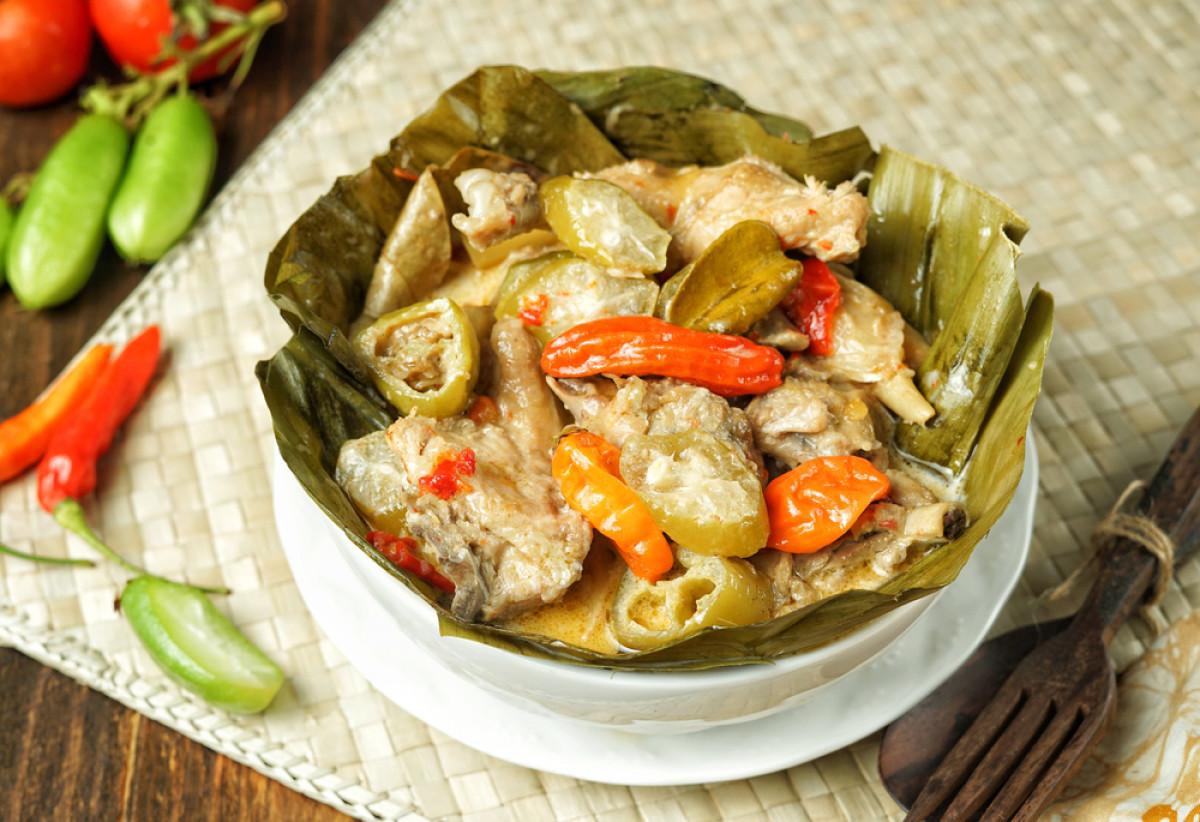 Garang Asem, Hidangan Ayam Asam Pedas dari Grobogan