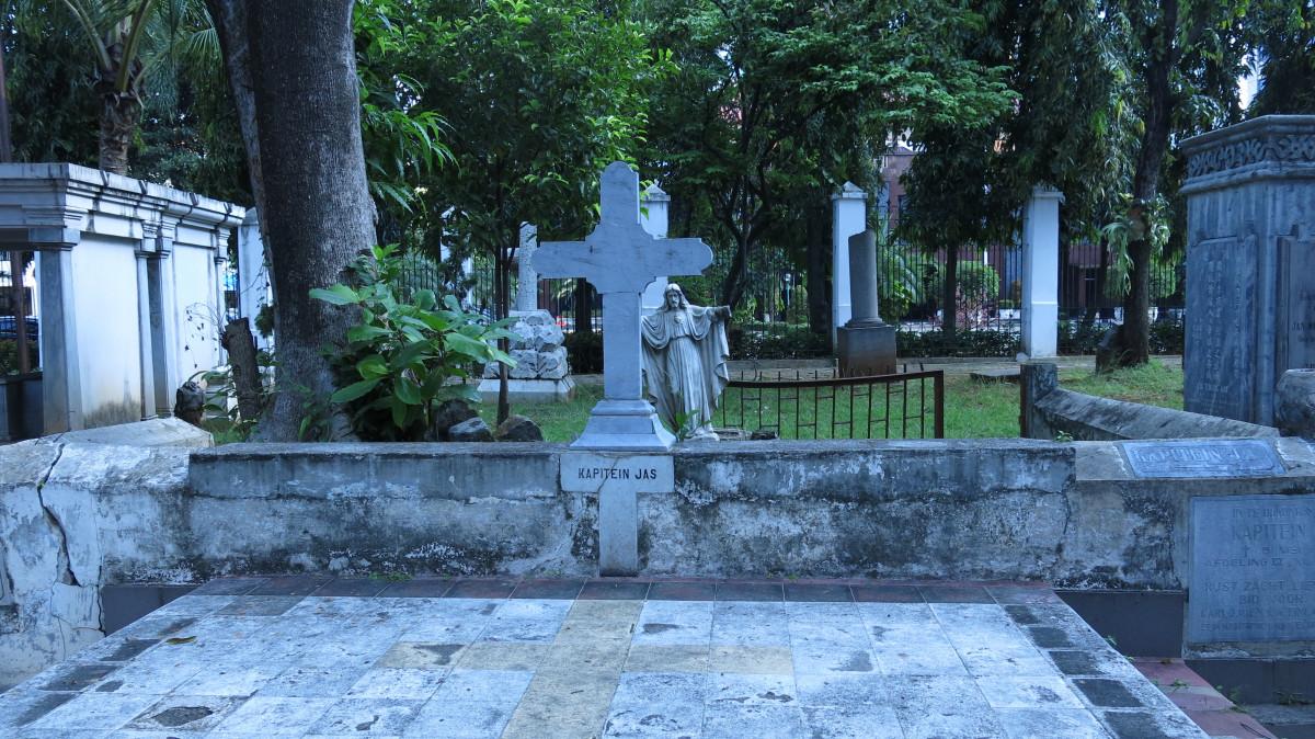Misteri Kapten Jas yang Dikeramatkan di Museum Taman Prasasti